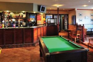 macnab-bar-interior
